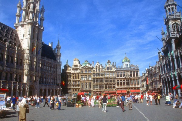 BRU Brussels Grand Place panorama b